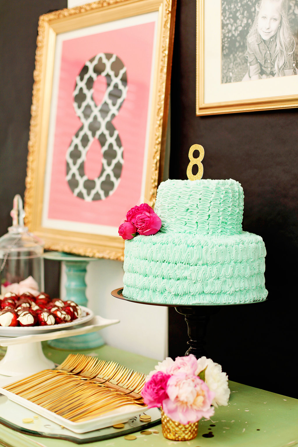 A GORGEOUS birthday baking party - perfect for my little gal!