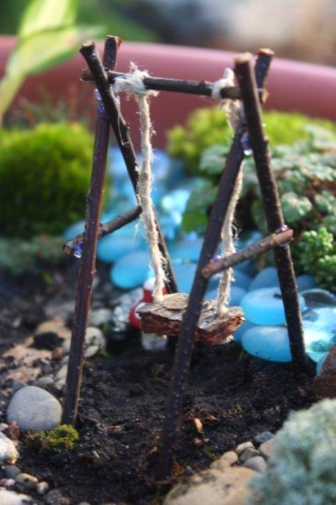 Gnome In Garden: How To Make A Fairy Garden!