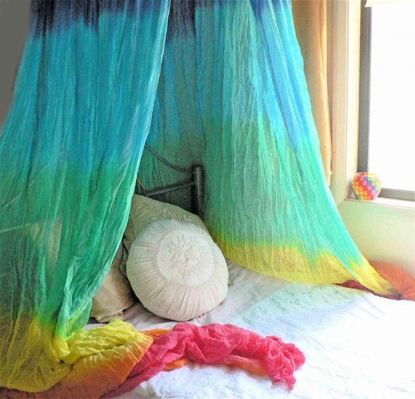 tie dye bed curtain