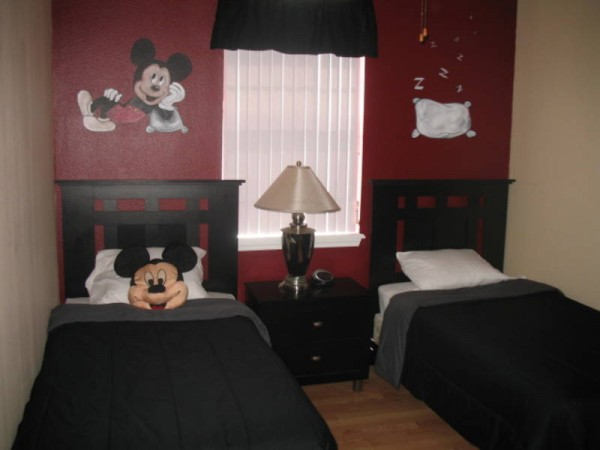 simple mickey mouse bedroom