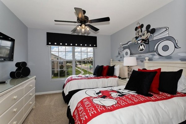 Mickey Mouse Bedroom With Great Wall Mural Decal