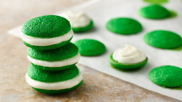 mini green whoopie pies for St. Patrick's Day