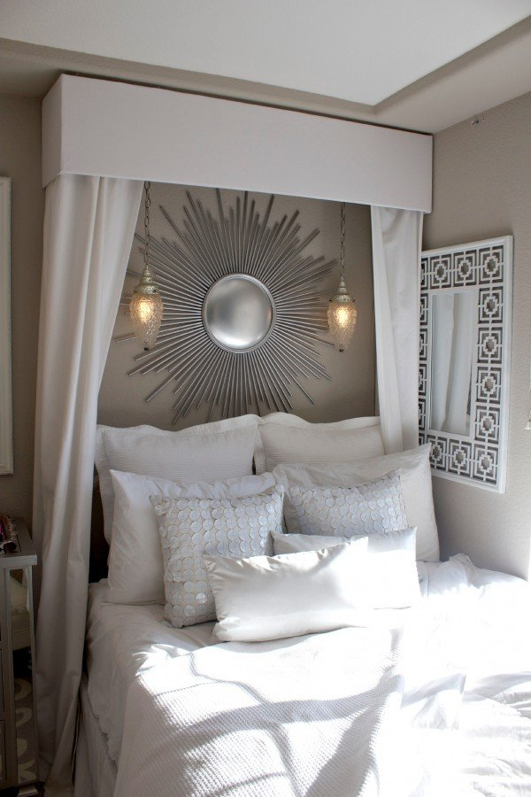 What a fantastic DIY bed canopy - love this pelmet box! Foam board duct & A DIY Bed Canopy Round-Up - Design Dazzle