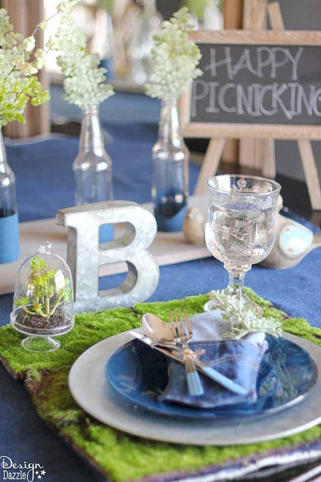 Check out my denim indoor picnic tablescape on Design Dazzle!