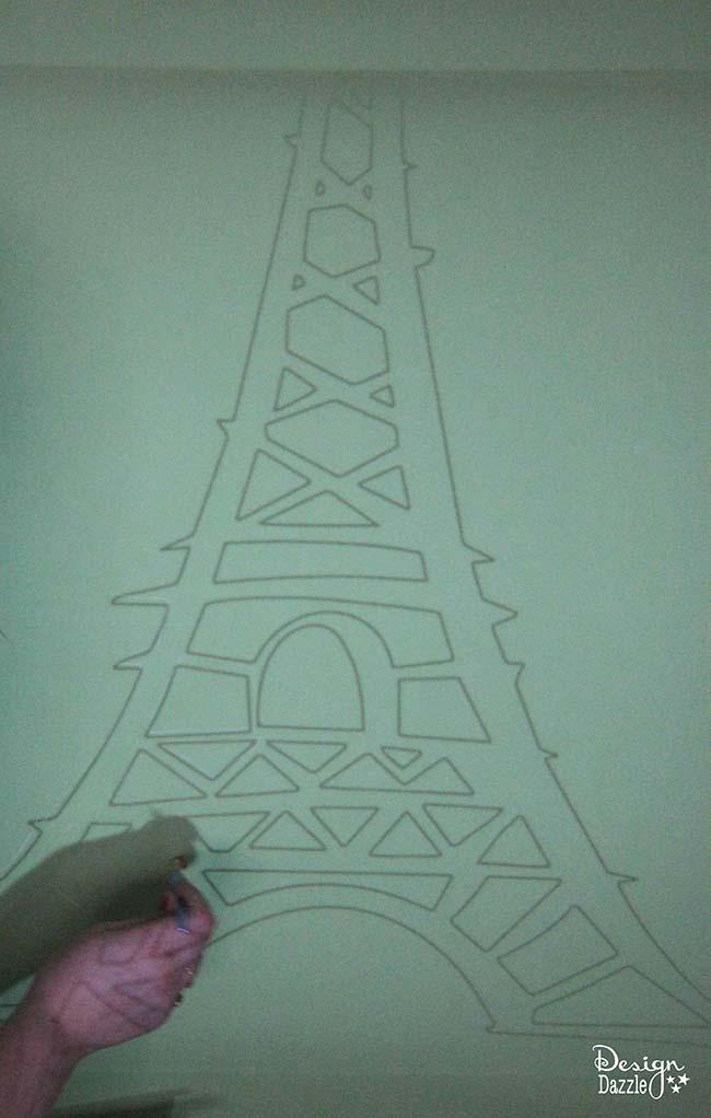 Make your own gold leaf Eiffel Tower decor! Tutorial on Design Dazzle.