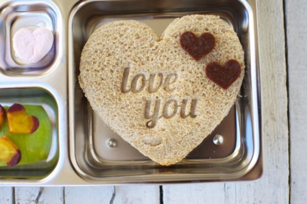 Valentine's Day bento lunch for kids