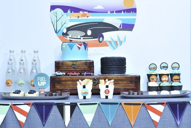 Love this vintage car party! Perfect for a 1st birthday!