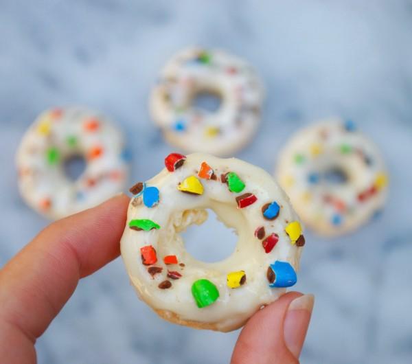 Krispie Mini Donuts