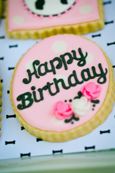 What a beautiful cookie! It's part of a gorgeous 50's themed girls birthday party - I am so in love!