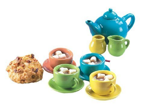 This tea set is so perfect! Perfect Easter gift for girls!