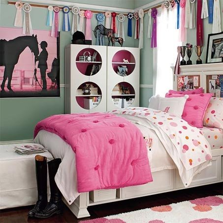 Inspirational girly horse room