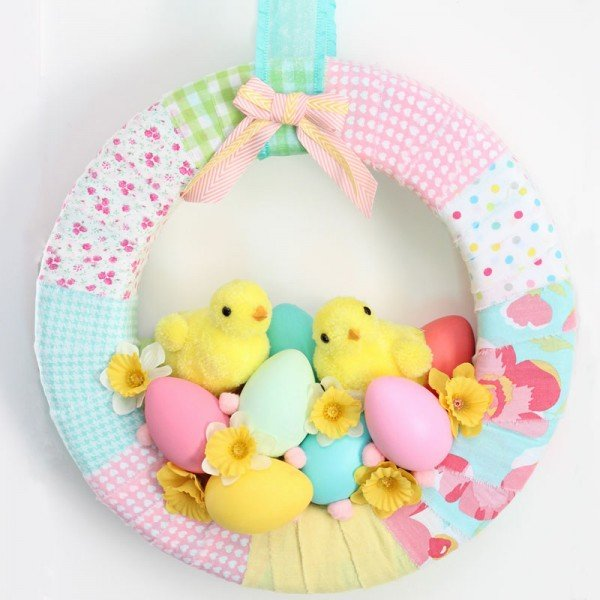 Adorable chicks spring wreath DIY