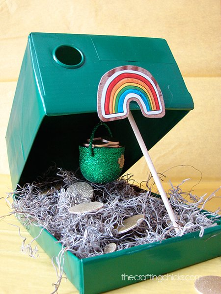 Leprechaun Trap Craft for St. Patrick's Day! So cute and kids will love it!