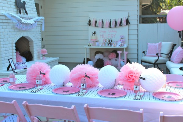 A 50 S Themed Girls Birthday Party Design Dazzle