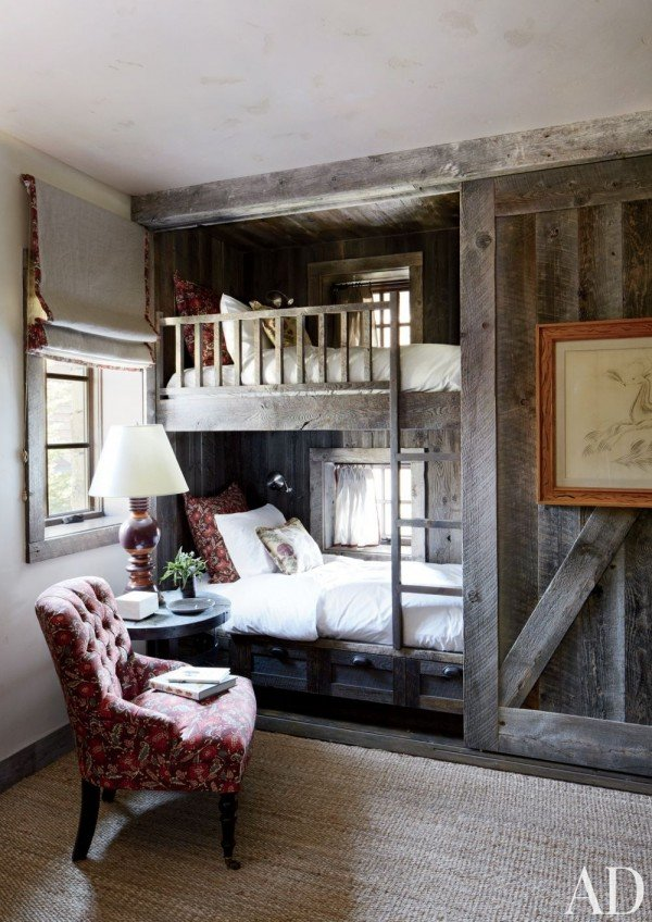 Love this reclaimed wood decor!