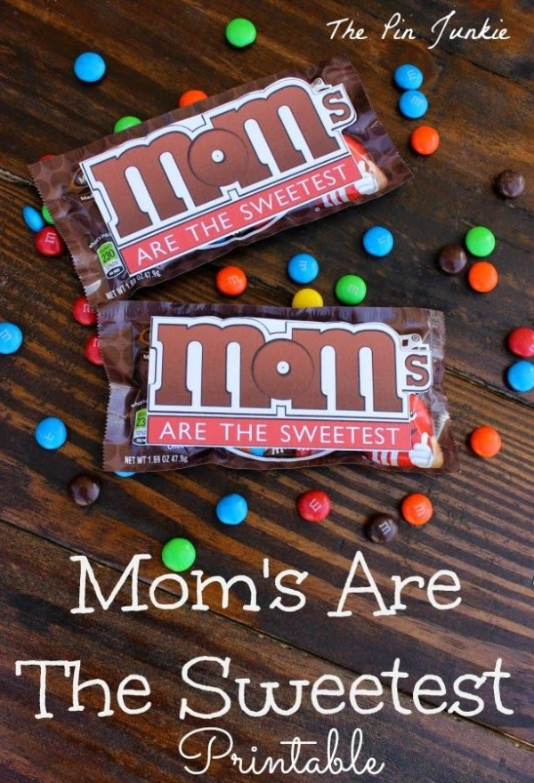 Moms are the sweetest - free printable!