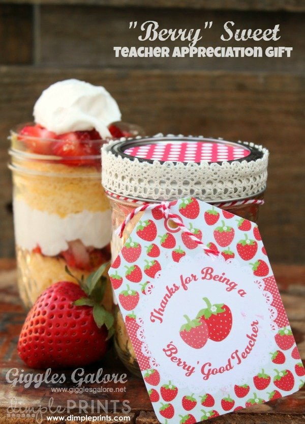 I love this DIY teacher appreciation gift idea! Who wouldn't like a cupcake in a jar?