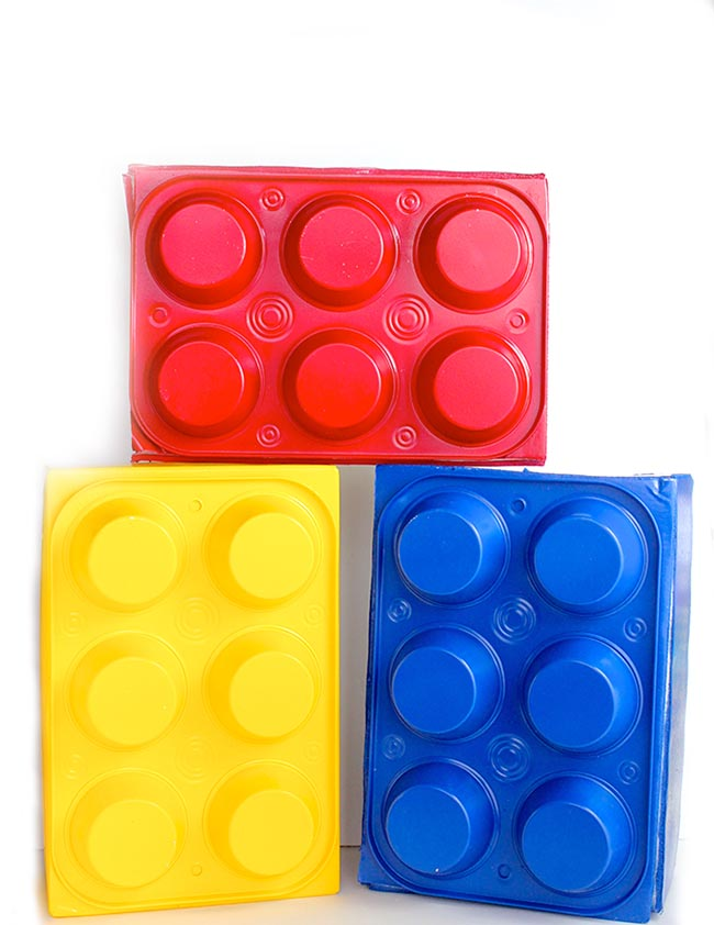 DIY LEGO Box made from dollar store muffin pans and a shoebox! Perfect LEGO party prop! It's so easy! Design Dazzle