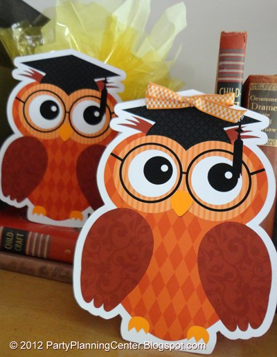graduation party owl gift bags - free printable!