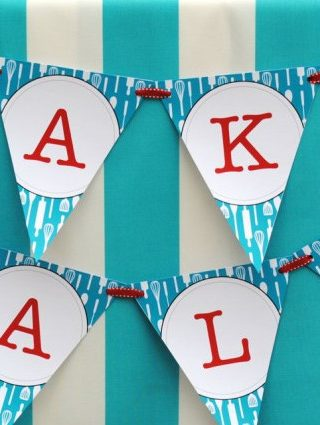 How to Plan a Summer Bake Sale with Kids (7 Easy Steps!)