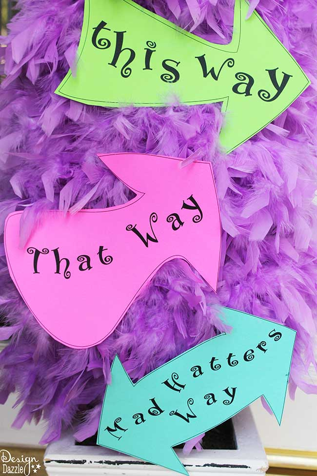 This way, That way, Mad Hatters Way signs. FREE printables for Alice in Wonderland! Design Dazzle