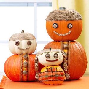 Darling Acorn (pumpkin) Family!