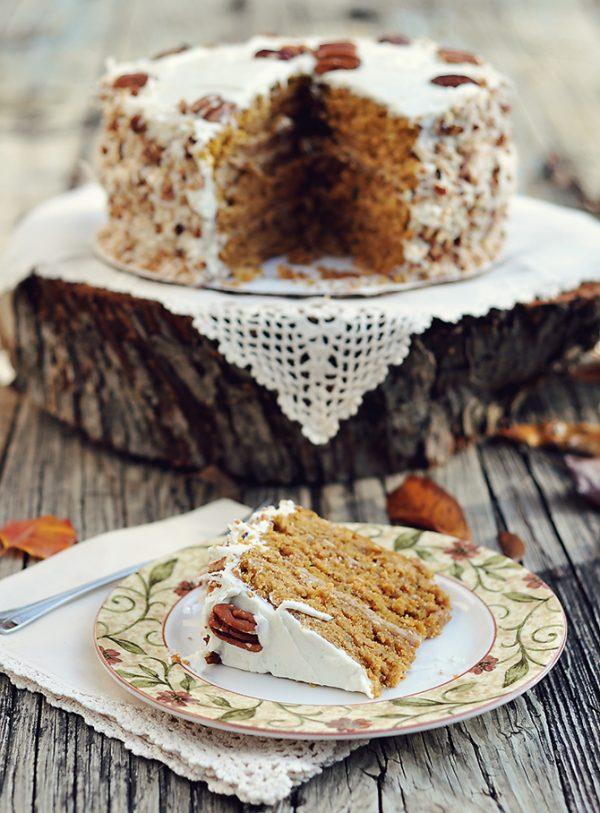 10 Fabulous Fall Treats featured on Design Dazzle. Mouth-watering Caramel Pumpkin Italian Cream Cake!