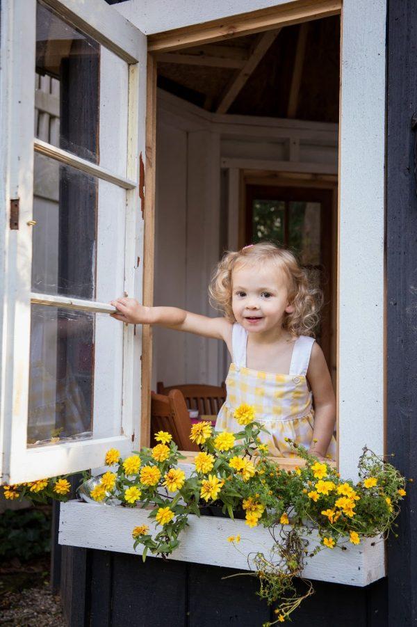playhouse flowers