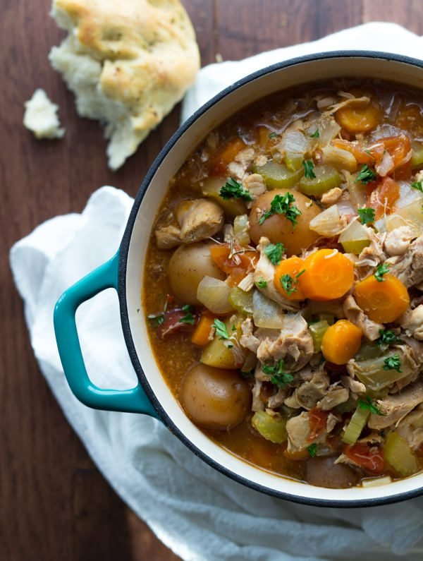 Slow Cooker Tuscan Chicken Stew from Sweet peas and saffron