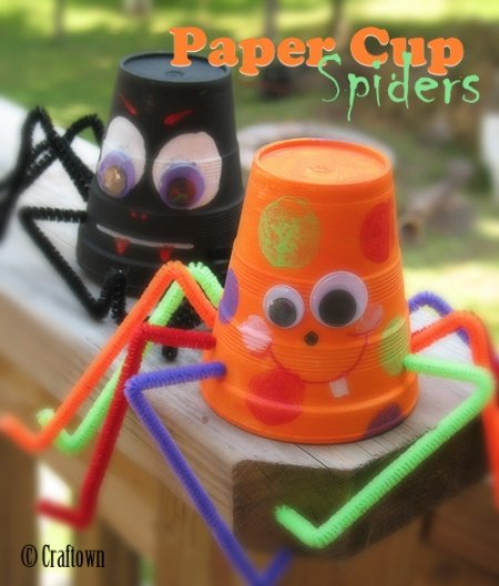 Adorable and Easy Paper Cup Spiders! Great Kids Crafts for Fall!!