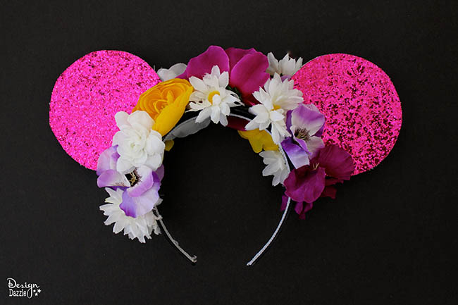 "Make ""Tangled"" inspired Minnie Mouse ears with Design Dazzle!"