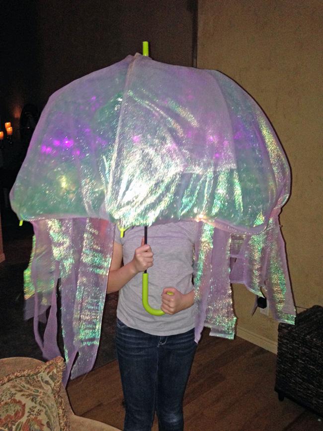 DIY Jellyfish Halloween Costume that lights up. Easy no-sew tutorial to create a & DIY Jellyfish Costume - Design Dazzle