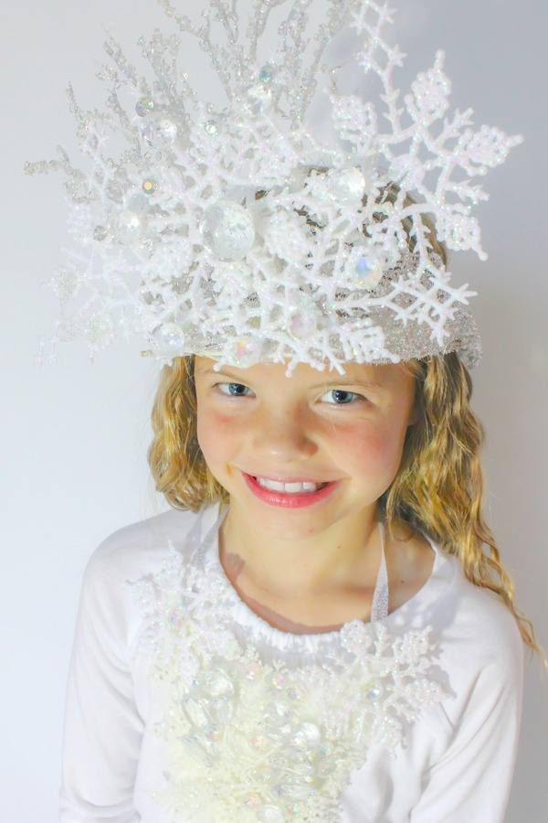 How to make a Snow Princess Crown!