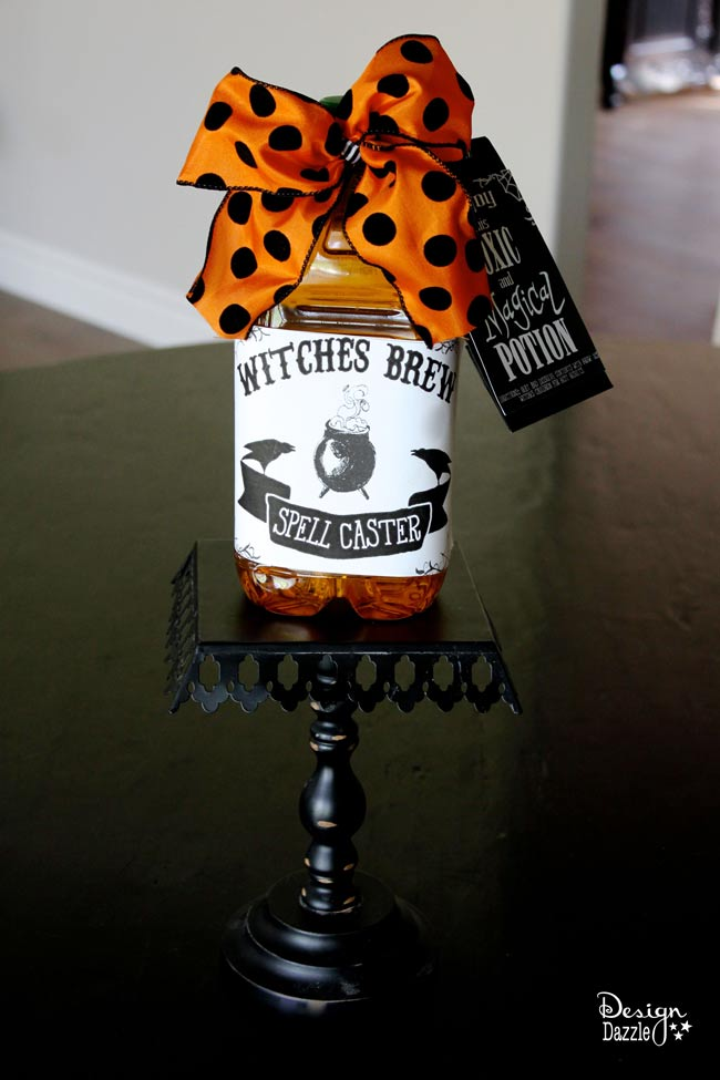 Witches Brew label to create a fun gift to be made into witches brew (hot apple cider). Design Dazzle