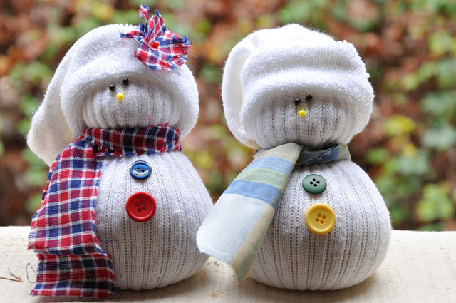 Sock Snowman! Adorable DIY Christmas Craft with kids!