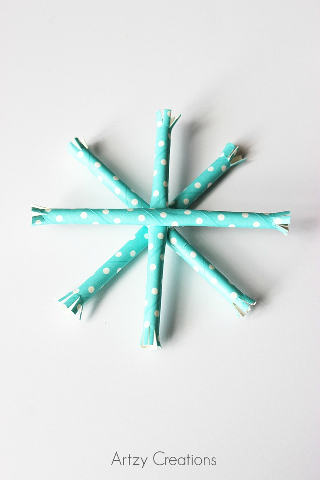 Paper-Straw-Snowflake-Ornaments-Artzy Creations 5