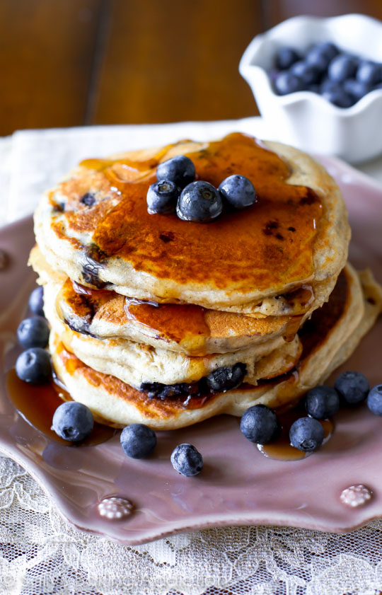 Whole Wheat Blueberry Pancakes! So healthy and delicious!