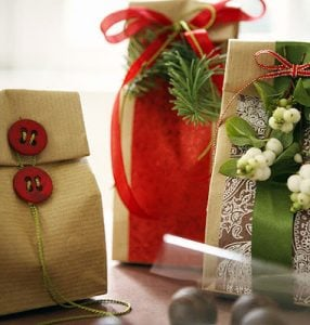 Fun gift-wrapping ideas on Design Dazzle.