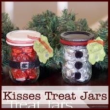 h-christmas kisses treat jars