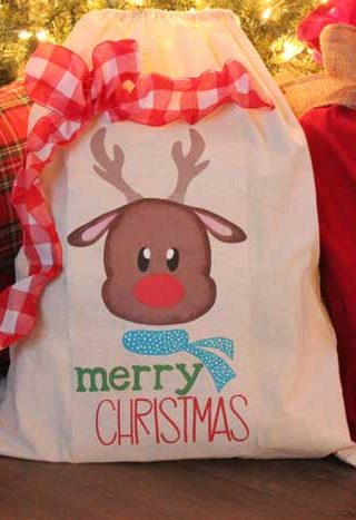 Simple And Easy To Make Santa Sacks!