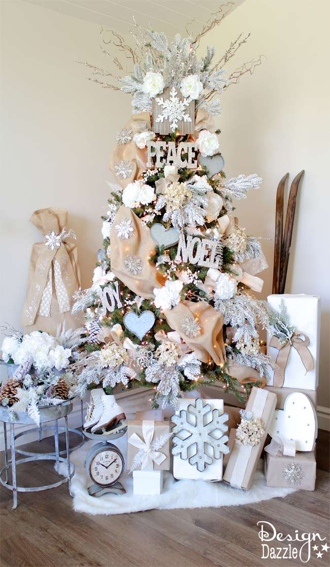 Winter wonderland glam christmas tree michaels dream for White and gold tree decorations