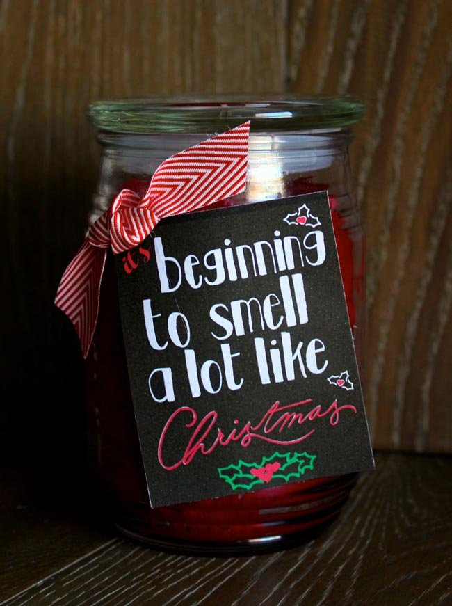 It's beginning to smell a lot like Christmas! DIY Gifts For Your Favorite Teachers and Neighbors + Free Printables