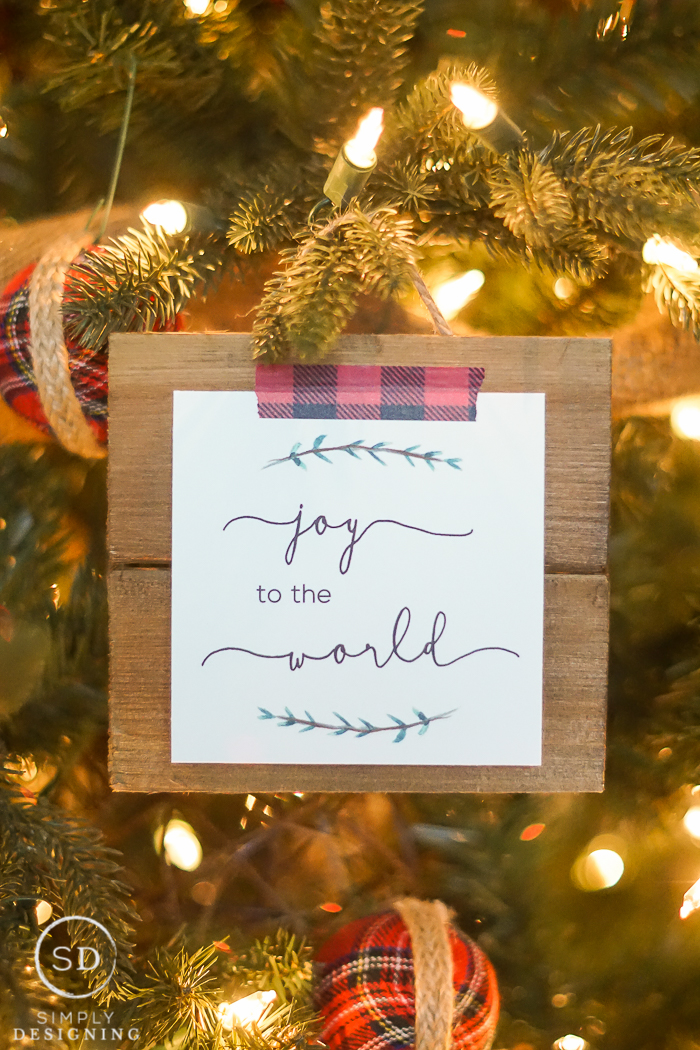 Joy to the World Printable - such a beautiful and simple holiday decoration with FREE Printable