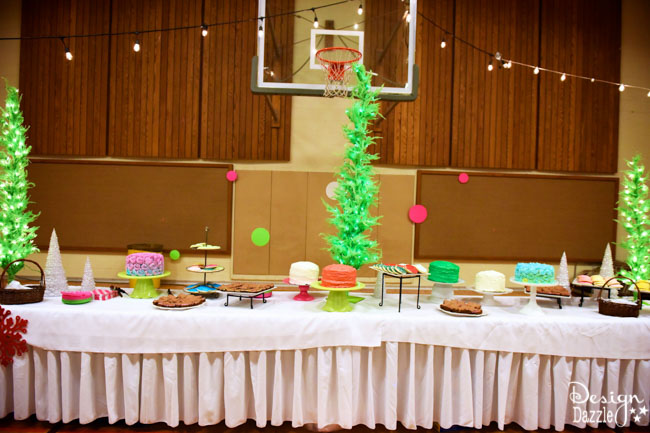Design Dazzle shows you how to do a Grinch party on a budget!