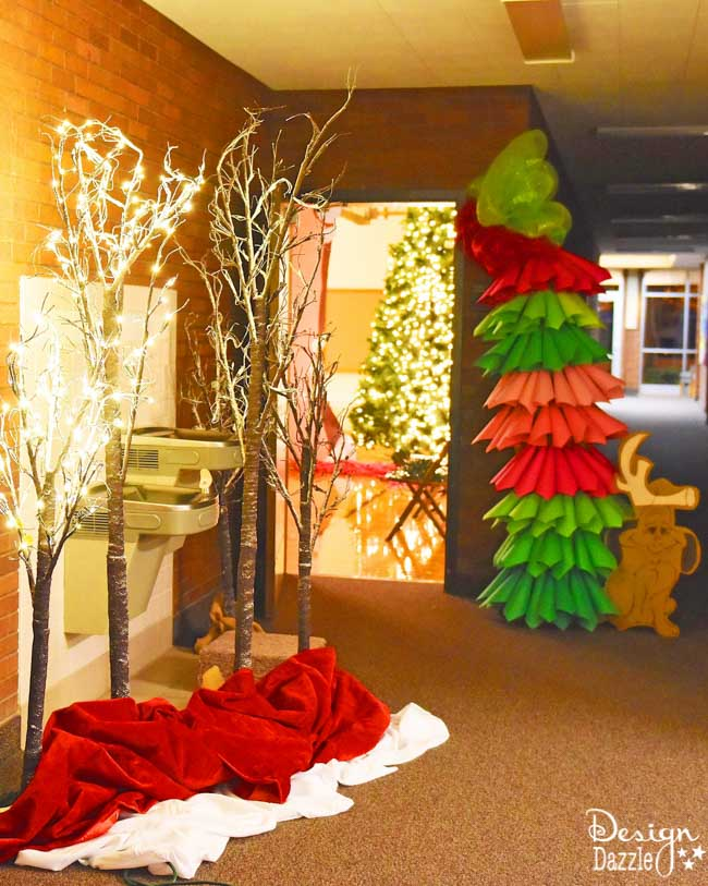 Looking for cheap, easy, DIY decor for a Grinch party? Design Dazzle gives tips and tricks!
