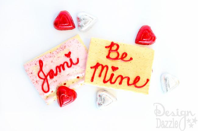 Edible-Pop-Tart-Valentines-4