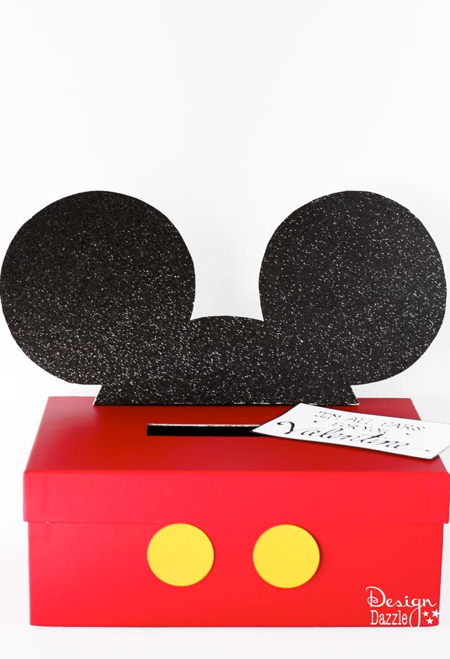Mickey and Minnie Mouse Valentine Card Box