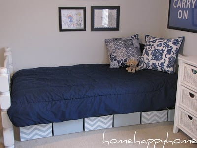Fabulous DIY Boxes for underbed storage! Almost no cost and look so cute!