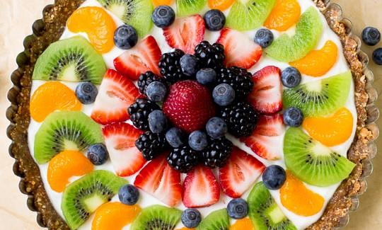 greek yogurt fruit tart