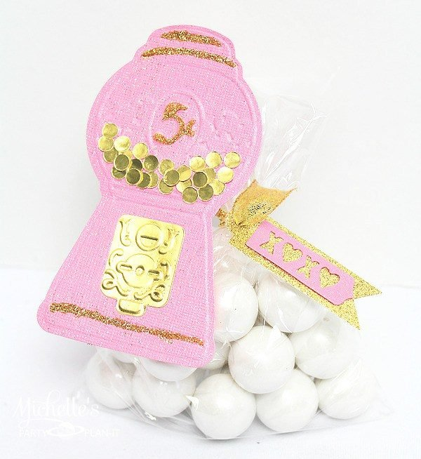 Gumball Machine Valentine that is super easy to make and beyond darling!